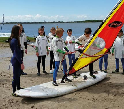 kids windsurf